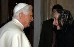 Alice von Hildebrandt (1923-) med Pave Benedict