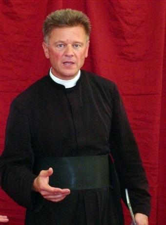 """Es una ilusión pueril creer poder convertir a Roma desde el """"interior"""", entrando en el sistema de la iglesia conciliar."""