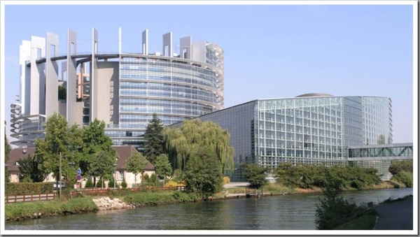 parlamentoeuropeotorredebabel005_thu