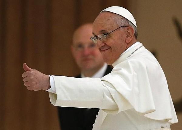pape-pouce-leve-francois