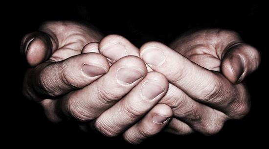 hands-550x306