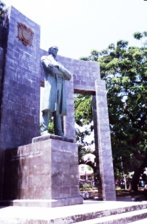 GM - Monumento