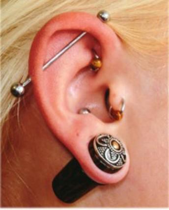 ear_piercing_1_j9vjo