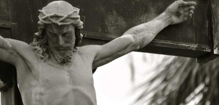 1-Jesús-crucificado-fijado-madero-tormento-testigos-Jehová.jpg