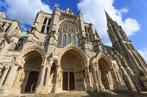 chartres-cathedral-shutterstock_238824034